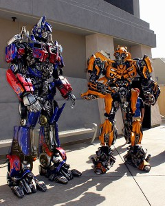 480px-Transformers_costume_characters_at_Universal_Studios_Hollywood