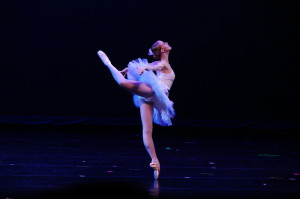 800px-Ballet-Ballerina-1847