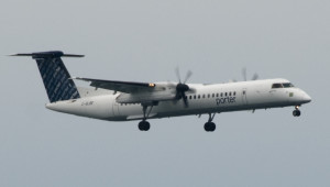 Porter_Airlines_Q-400_at_Toronto