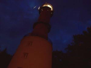 800px-Rozewie_lighthouse_at_night