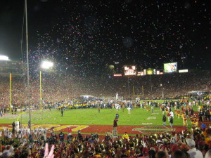 800px-2006_Rose_Bowl_post-game_celebration