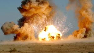 800px-USAF_EOD_explosion