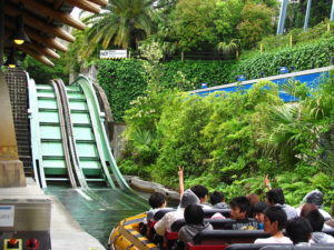 800px-jurassic_park_the_ride_at_universal_studios_japan_5